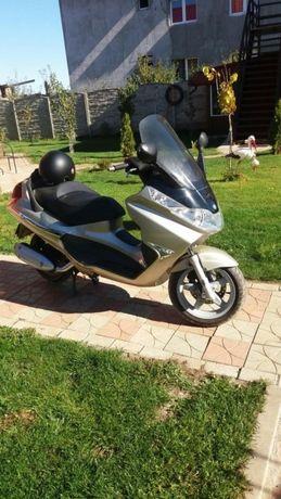 Piaggio X8 200 ccm