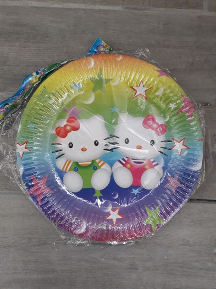 Картонени парти чинийки Hello Kitty