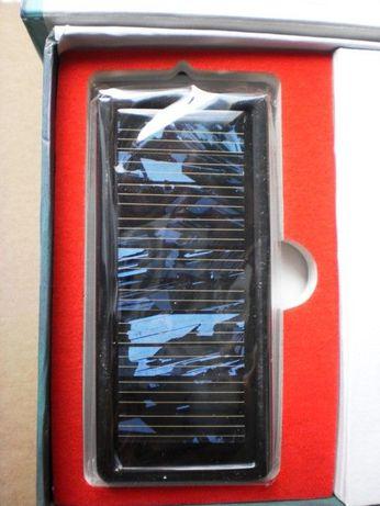 Соларно зарядно BW-301 за мобилни устройства