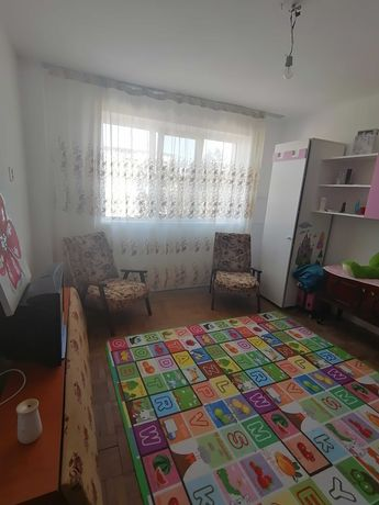 Apartament 2 camere - zonă bună