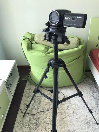 Чисто нова видеокамера Sony Exmor R Handycam