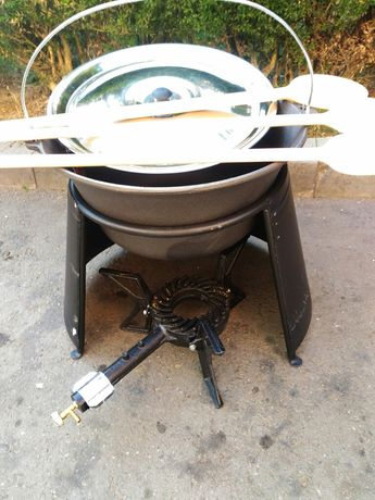 Oferta ,set Ceaun fonta 22 litri (ceaun +suport+capac+lingura)