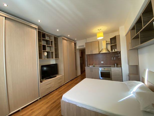Garsoniera moderna rin Rin Grand Residence Vitan Lux pat matrimonial