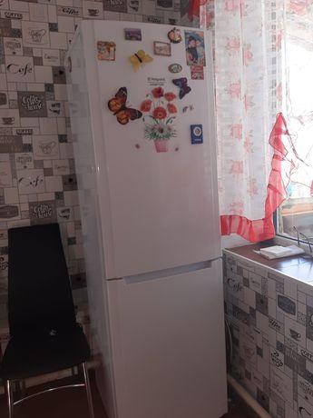 Холодильник Аристон. Не требует разморозки