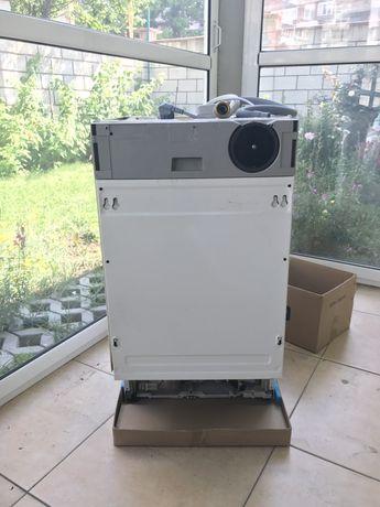 Съдомиялна машина за вграждане Zanussi ZDT4152 с проблем