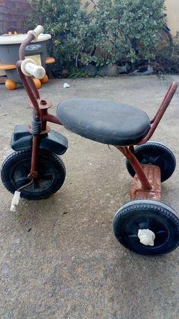 Старо детско колело триколка