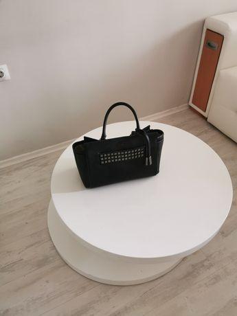 Чанта Guess естествена кожа