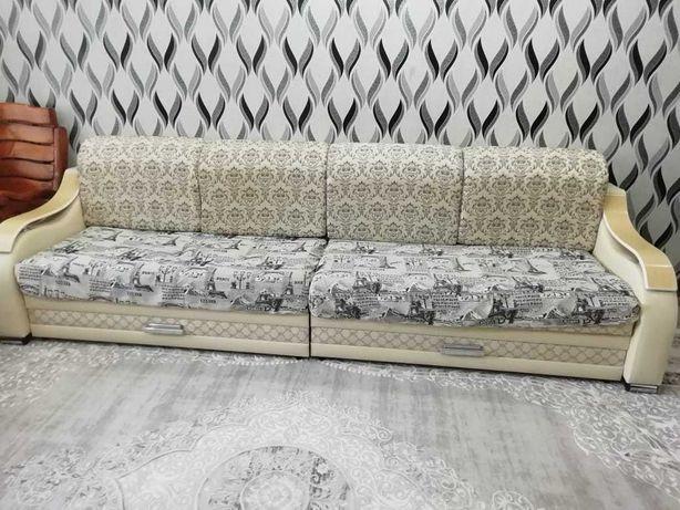 Новый двухместной диван кровать трансформер 4 мет. 190 000 тенге.