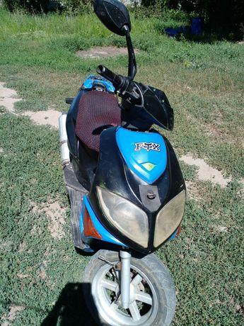 Продам скутер 125 кубов