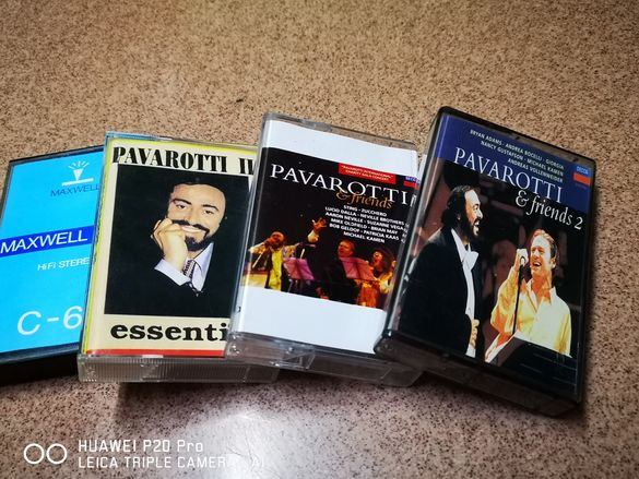 Четири касетки, на цената за две. Лот аудио касети Pavarotti