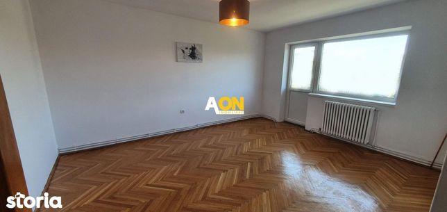 Apartament 3 camere, 72 mp utili, cu boxa, strada Closca