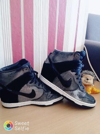Зимни кецове Nike