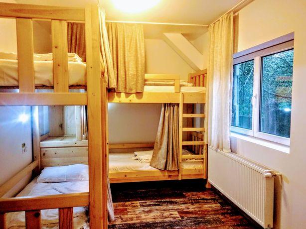 Chirie lunară pat hostel utilitati incluse centru vechi