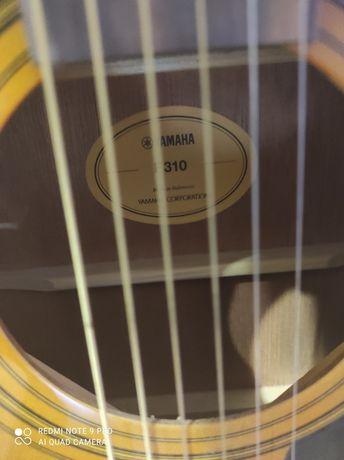 Продам гитару Yamaha