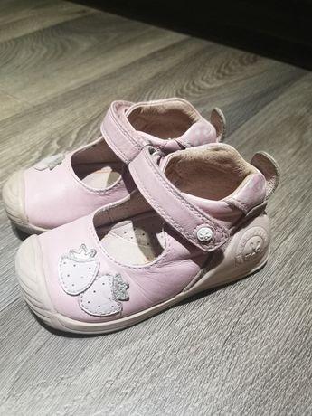 Детская обувь Biomecanics размер 21