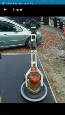 De inchiriat (sau vand cu 3500 lei) elicopter beton/monodisc Raimondi