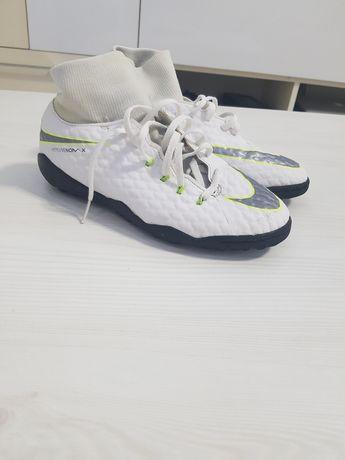 Ghete Fotbal Nike Hipervenom Sintetic