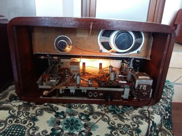 radio pe lampi stereo Oberon