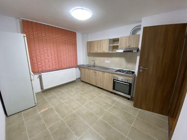Apartament 3 camere Otopeni Central
