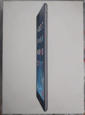 iPad Air 16 GB + 4G  1 поколения в идеале черный