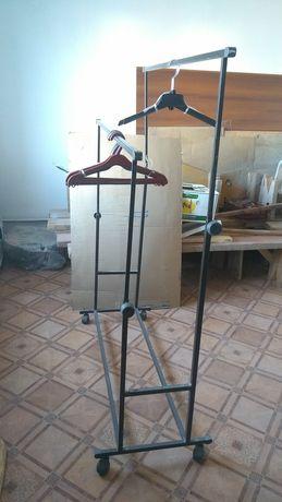 Напольная стойка для вешалки