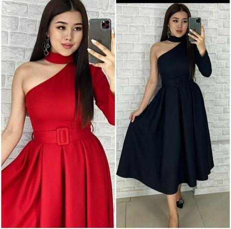 Платья разные 42-44 размер