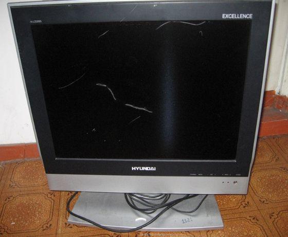 Телевизор LCD Hyundai на запчасти.