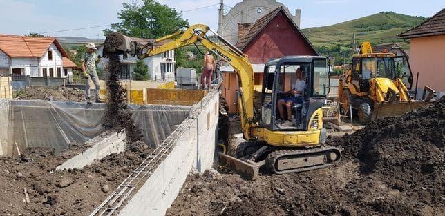 Lucrari Sapaturi Fundati case gard,cablu,canalizare,fosa,gaz,stivuitor