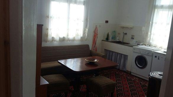 квартира за почиващи, гр. Велинград, квартал Каменица, бул. Съединение