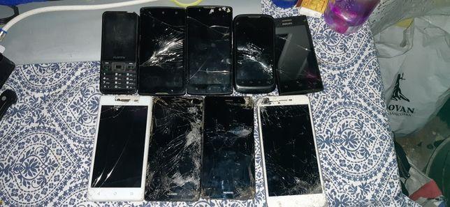 Vand telefoane pentru piese pretu difera la fiecare