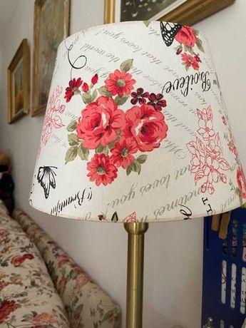 Abajur textil  crem cu flori