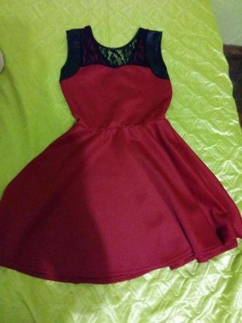 Червена коледна,черна и маслинено зелена рокли