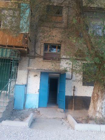 Продаётся 1 комнатная квартира по адресу г. Каратау, ул. Момышулы 14