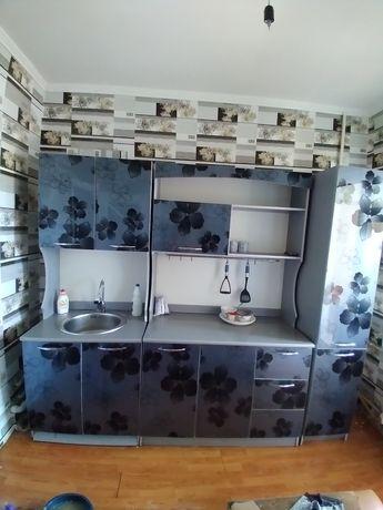 Кухонный гарнитур сатылады
