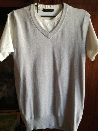 Юношески пуловер с имитация на бяла тениска