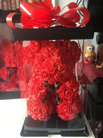 Ursulet Teddy Rose Bear realizat din trandafiri dimensiune 25 cm
