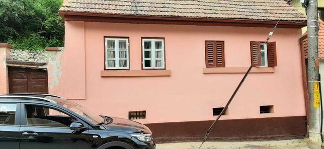 Casa la tara marginimea Sibiului