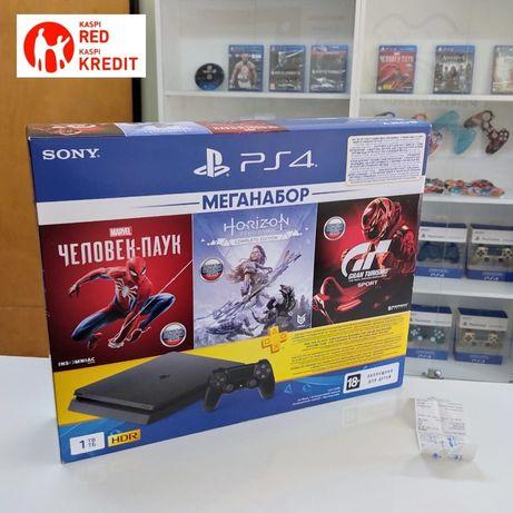 PlayStation 4 slim 1 TB новый запечатанный с год гарантией !