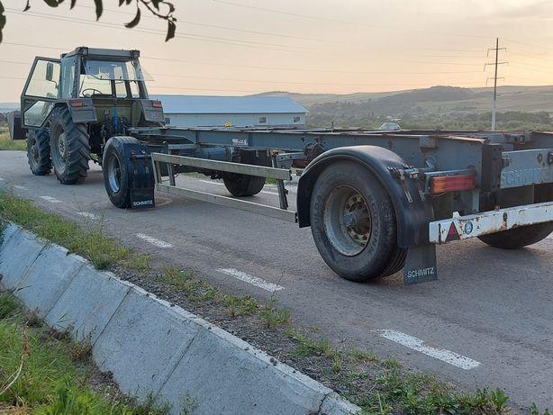 Remorca camion pt baloti