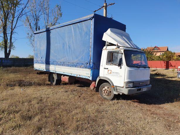 Vand/dezmembrez camion Iveco