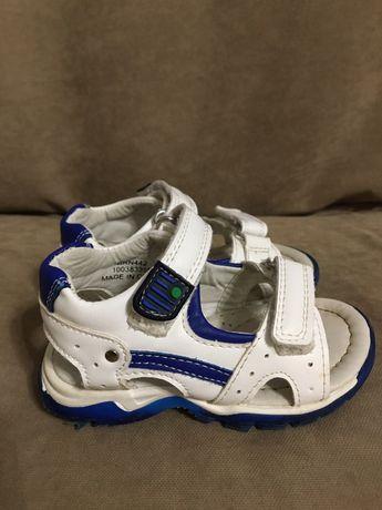 Детские сандали на 1 годик