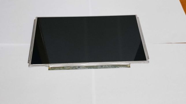 Display laptop 13 inch