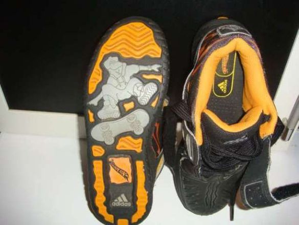 Страхотни,оригинални и много гъзарски маратонки Адидас/Adidas-Hot well
