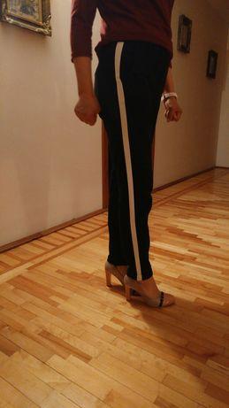 Pantaloni Vero Moda(pret bun de Toamna si de criza)