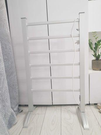 Calorifer electric pridere pe perete si picioare
