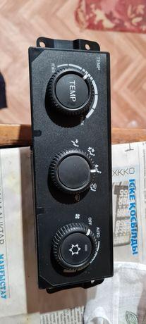 Регулятор печки Блок управления отопителем Приора 2170