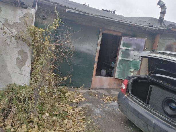 Продам гараж на ДК строитель