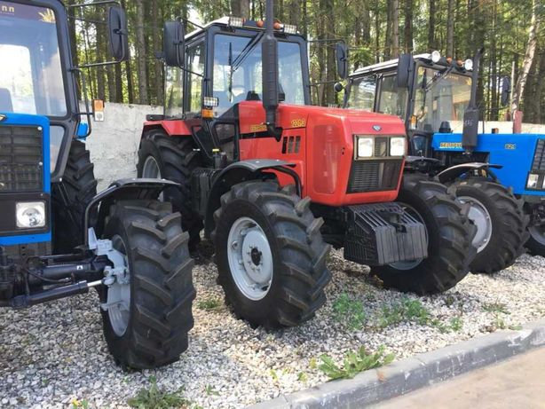 Трактор Беларус МТЗ 1221.2 Тропик