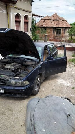 Dezmembrez BMW E39 TD 525