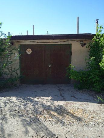 Продам гараж, земля в собственности